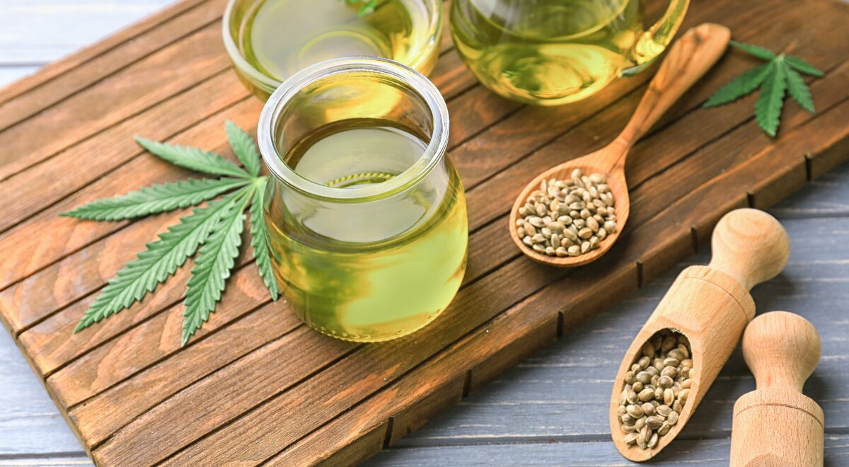 Hemp seed oil, niacinamide and co. - the new superfoods for the skin? |  Mibelle Group